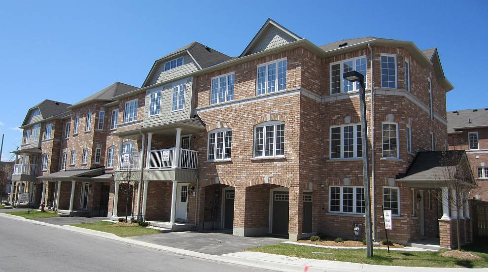 Townhomes and Townhouses at Mississauga border in Brampton GTA for sale inventory. New Construction of detached, semi-detached, and bungalows coming soon to Mount Pleasant.